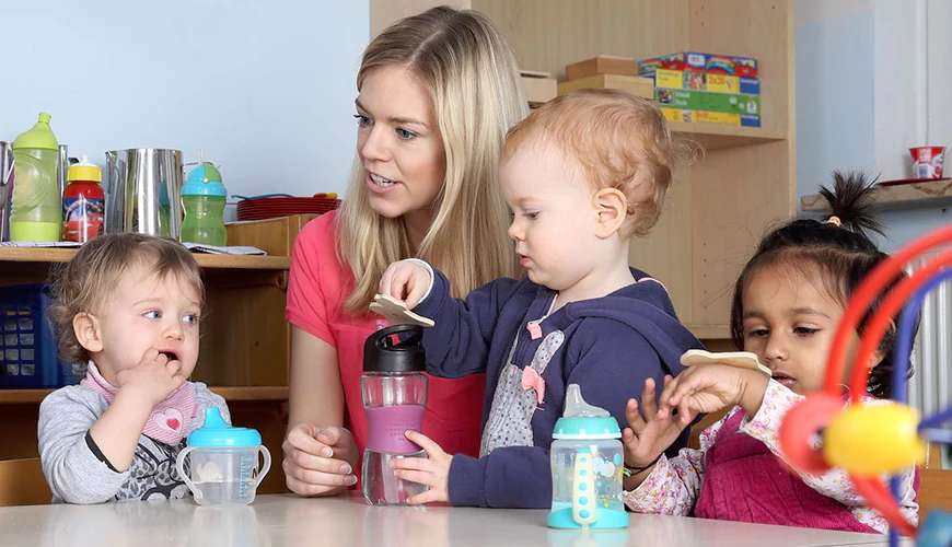 CACHE Understand How to Set Up a Home-Based Childcare Service